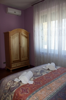 Fanciulla_West_Bedroom_1