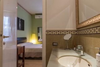 Tosca_18_4_Bathroom