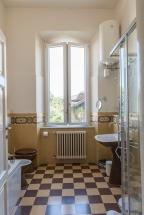 Turandot_Bathroom_1